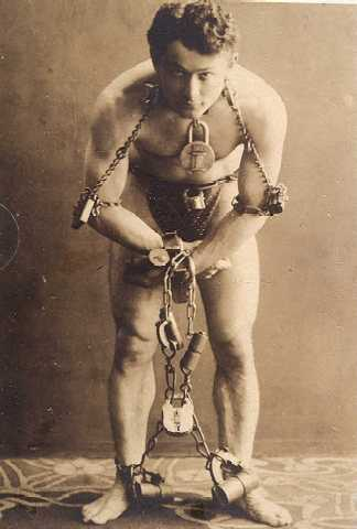 http://www.houdinitribute.com/img/chains.jpg